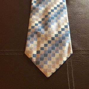 Lovely Blue on Blue Checked Geoffrey Beene Tie